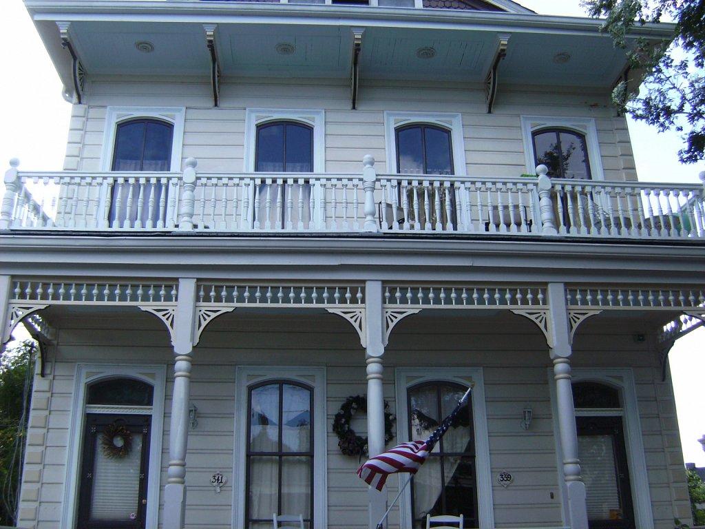 Geert-Driessen-New-Orleans-St-Charles-Av-04.JPG