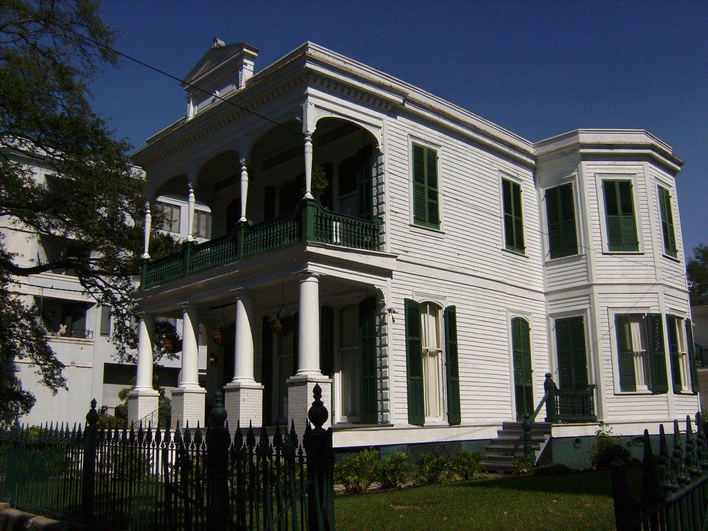 Geert-Driessen-New-Orleans-St-Charles-Av-18.JPG